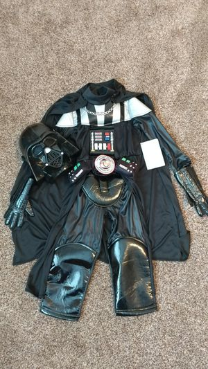 NEW!! Disney DARTH VADER costume (4t) for Sale in Kaysville, UT