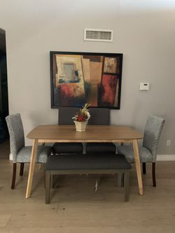 Gorgeous Formal Kitchen Dining Table With Tufted Nailed Bench And 4 Tufted Chairs Seats 5 6 7 Like New Staging Furniture for Sale in Peoria,  AZ