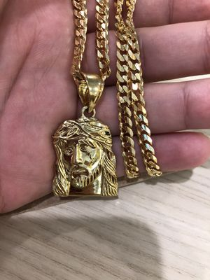 "14K Gold Chain & Jesus Piece. 22""in. Weighs 33.3 grams for Sale in Medford, MA"
