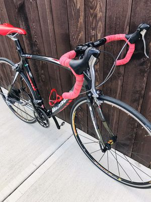 CARBON BIANCHI ROAD BIKE for Sale in Vancouver, WA