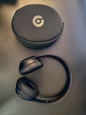 Beats by Dre. Beats Solo 3 wireless for Sale in Concord, CA