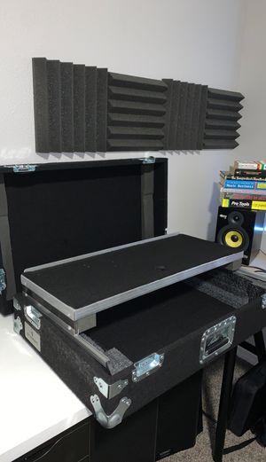 Grundorf controller DJ hard shell felt case for Sale in Las Vegas, NV