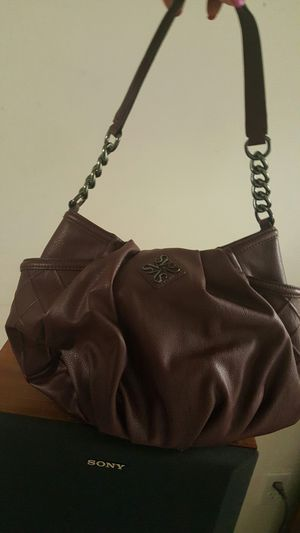 Simply Vera Wang wine color hobo bag for Sale in St. Peters, MO