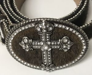 Rhinestone & brown leather belt XL Good condition for Sale in Bradenton, FL