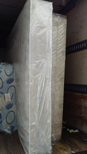Full mattress and box spring in the plastic New Free delivery in Atlanta for Sale in Riverdale, GA