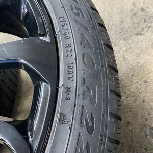 "OEM 22"" RANGE ROVER WHEELS for Sale in Queens, NY"