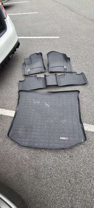 Weathertech mats for jeep grand cherokee 16+ for Sale in North Arlington, NJ