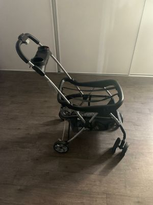 SNAP AND GO! BABY TREND STROLLER! for Sale in Las Vegas, NV
