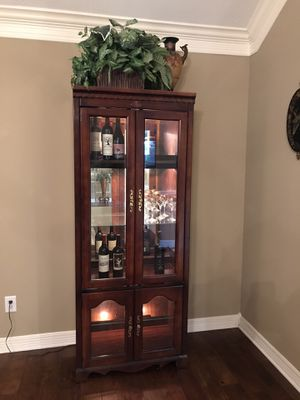 China cabinet- Liquor- mirrored and lighted for Sale in Houston, TX