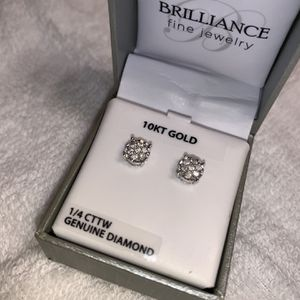 Real Diamond Earrings! for Sale in Charlotte, NC
