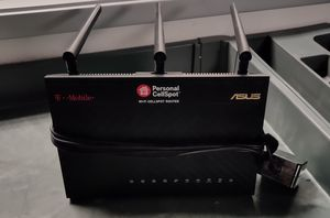 Asus AC1900 router for Sale in Tolleson, AZ