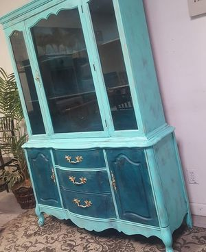 Coastal Chic Display Cabinet for Sale in Gardena, CA