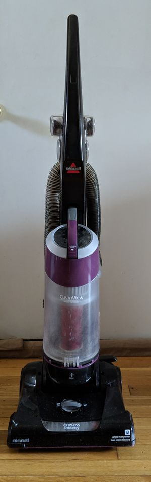 Pending pickup FREE Bissell 9595A CleanView Bagless Vacuum with OnePass for Sale in Silver Spring, MD