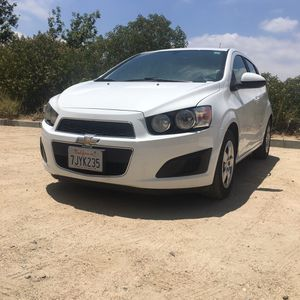 Chevy sonic 2014 for Sale in Los Angeles, CA