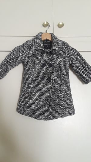 Girl's coat size 2t for Sale in Los Angeles, CA