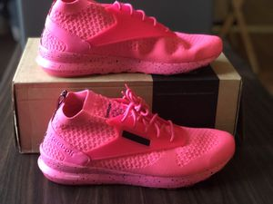 Reebok Zoku Runner Ultra Knit size 10.5 for Sale in Trenton, NJ
