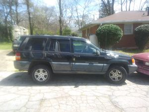 """1997 """"""""JEEP GRAND CHEROKEE """""""" Selling for Parts $500 taking no less than ($450) Get at me for Sale in College Park, GA"""