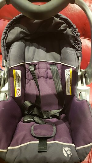 Infant car seat for Sale in Atlantic City, NJ