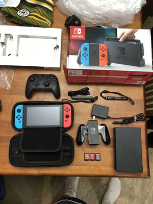 Nintendo Switch, wireless controller & 3 games for Sale in Sterling Heights, MI