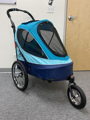 Petique Pet Jogger Stroller for dogs, cats, small animals for Sale in Ontario, CA