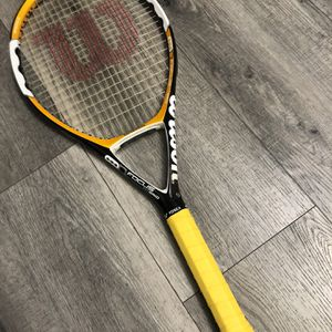 Like New Wilson Focus Hybrid Tennis Racquet for Sale in Henderson, NV