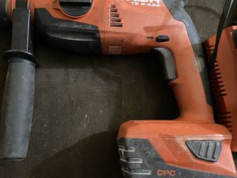 HITI Corded And Cordless Hammer Drill With 2 Batteries And 2 Chargers! for Sale in Las Vegas,  NV