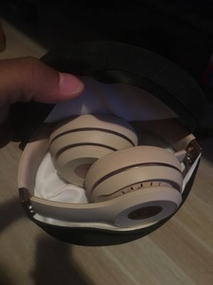 Beats solo 3 for Sale in Murfreesboro, TN