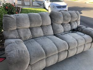 Couch w full electric recliners. for Sale in Calimesa, CA
