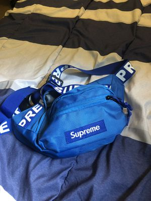 Supreme fanny pack for Sale in Monroeville, PA