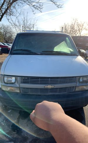 Parting out Chevy Astro 2000 for Sale in Adelphi, MD
