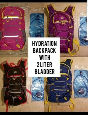 Hydration Backpack With 2L Bladder for Sale in Las Vegas, NV