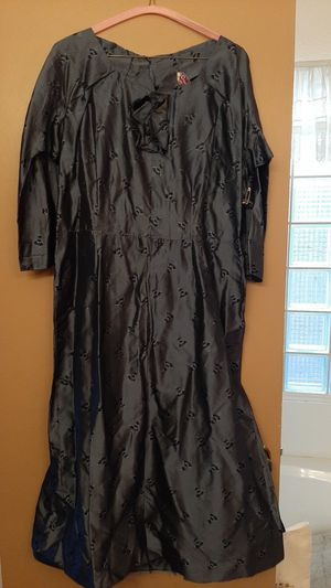 Vintage silk dress with embroidered detail for Sale in Scottsdale, AZ