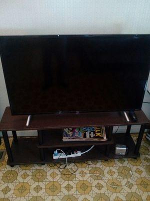 43-inch 4k Roku TV for Sale in Stockton, CA