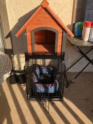 Dog house and crate for Sale in Atlanta, GA