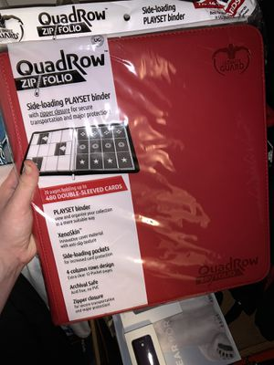 Ultimate guard Quad Row Binder for trading cards for Sale in Rolling Hills, CA