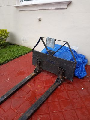 Bobcat attachment for Sale in Hialeah, FL