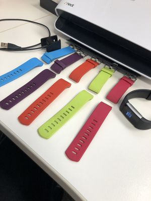 Fitbit Charge 2 w/ 5 bands & Charger for Sale in Lewis Center, OH