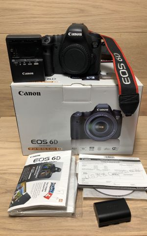Canon EOS 6D 20.2 MP Digital SLR Camera - Black Body Only for Sale in Haverhill, MA