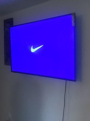 60 inch Roku Tv for Sale in Novi, MI