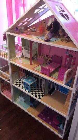 Doll house for Sale in Shrewsbury, MA