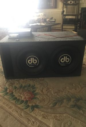 2 12' dB drive wdx 2k subwoofers, with skar 1500w amp for Sale in Bartow, FL