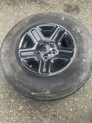 Jeep Wrangler tires for Sale in Lynnwood, WA
