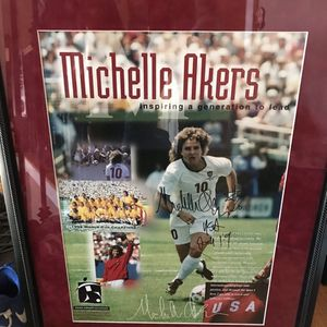 Authentic autograph of Michele Akers Soccer for Sale in Sandy Springs, GA