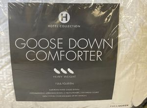Hotel Collection Goose Down Comforter for Sale in Carlsbad, CA