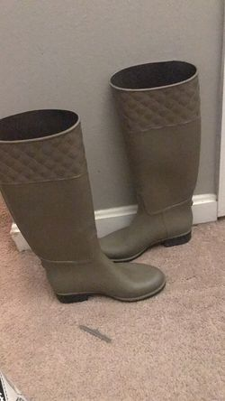 Rain Boots Size 6 for Sale in North Wales,  PA
