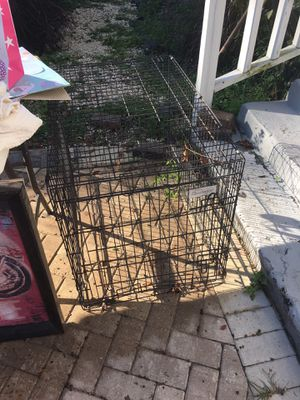 Dog crate 2ft by 3ft for Sale in Tampa, FL