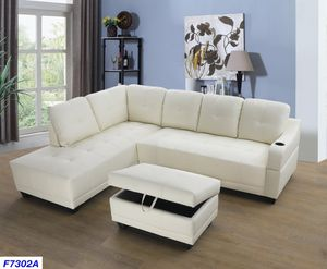 white sectional with cupholder and ottoman ( new ) for Sale in Hayward, CA