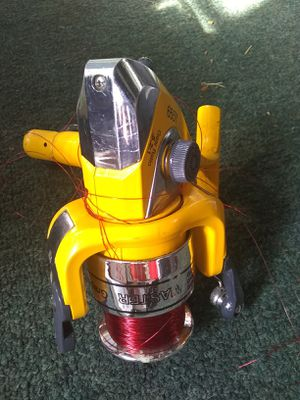 Fishing reel for Sale in Williamsport, PA