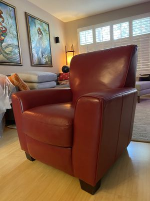 Leather Chair (Recliner) for Sale in San Jose, CA