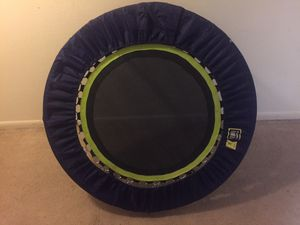 Excercise trampoline, w/travel bag, and instructional DVDs for Sale in St. Petersburg, FL